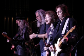 Doobie Brothers - Knoxville 2015