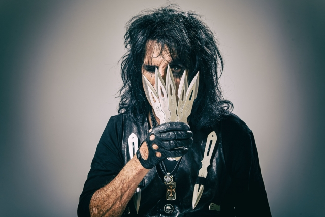 Alice Cooper Paranormal press pictures print copyright earMUSIC credit Rob Fenn 1