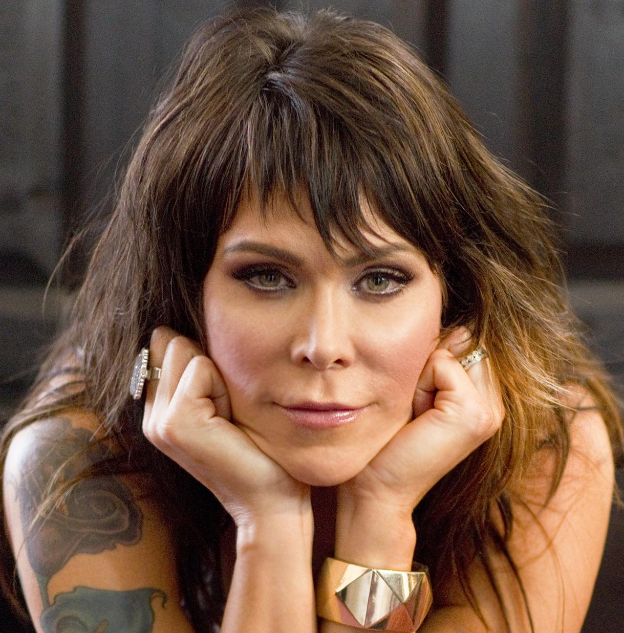Beth Hart 054 by Greg Watermann cropped