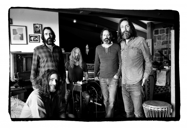 Chris Robinson Brotherhood MENDENHALL 02