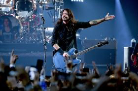 Dave Grohl of the Foo Fighters feb 2019 billboard 1548 1589305034