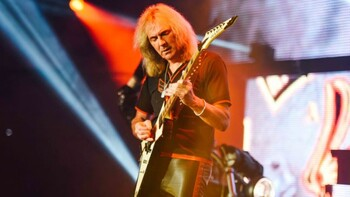 Glenn Tipton photo credit OLIVER HALFIN scaled e1615490885746 648x365