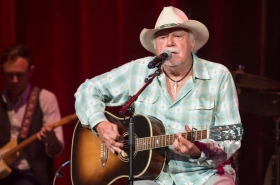 Jerry Jeff Walker 10252020 billboard 1548 1603639413 1024x677