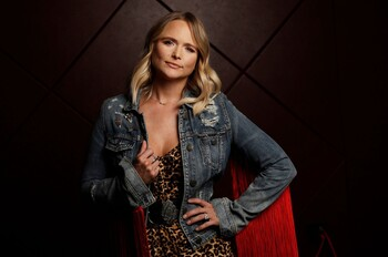 Miranda Lambert 2019 Portrait Session billboard 1548 1617048800 compressed
