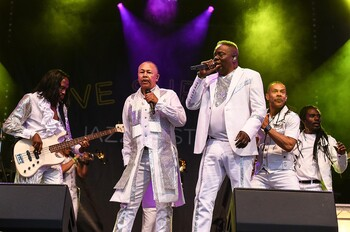 earth wind and fire 2018 billboard 1548 compressed