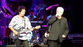 Toto and Michael McDonald In Atlanta 2014